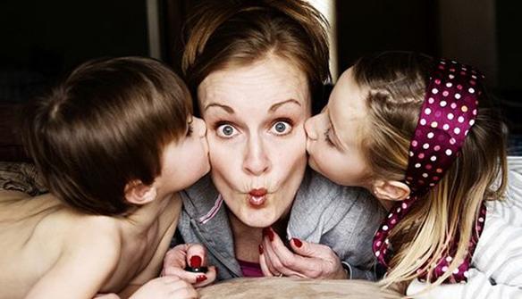 Une mère et ses enfants